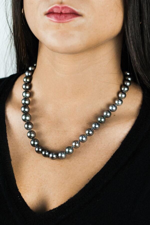 COLLIER35 COLLANA DONNA 41 PERLE TAHITI 1 1stAmerican jewerly collana in argento sterling con 41 perle tahiti Ø96x116mm con chiusura in