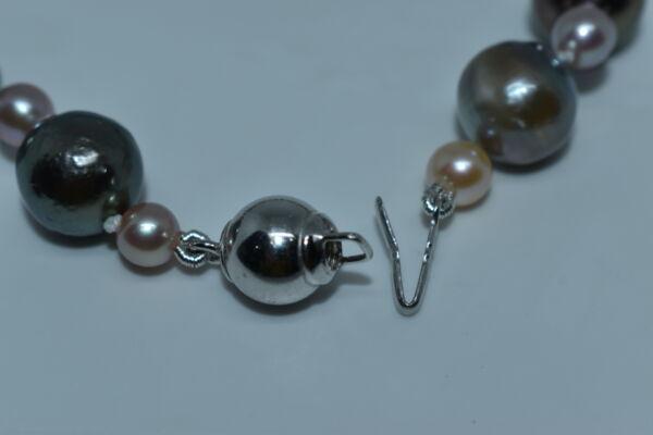 GEMSMU1303215 COLLANA DONNA 55 PERLE NATURALI MULTICOLORE 3 1stAmerican jewerly collana 55 perle naturali multicolore Ø12x135mm con chiusura in argento ag925
