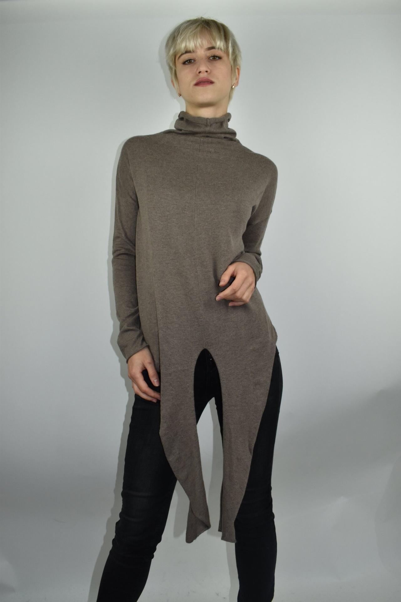 GIADA BEIGE MAGLIA DONNA CASHMERE SETA COLLO ALTO MANICA LUNGA 4 1stAmerican maglia dolcevita collo alto da donna in seta cashmere - maglione manica lunga invernale finezza 14