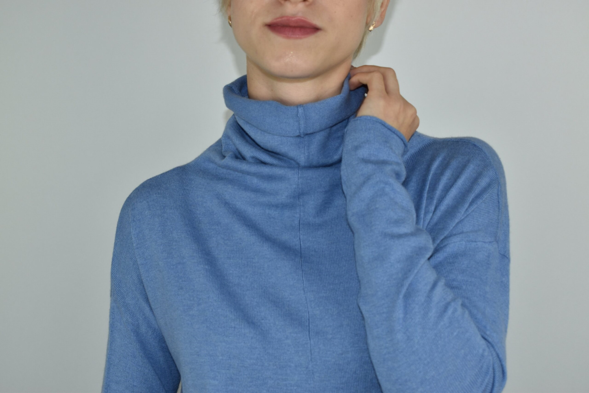 GIADA CELESTE MAGLIA DONNA CASHMERE SETA COLLO ALTO MANICA LUNGA 2 1stAmerican maglia dolcevita collo alto da donna in seta cashmere - maglione manica lunga invernale finezza 14