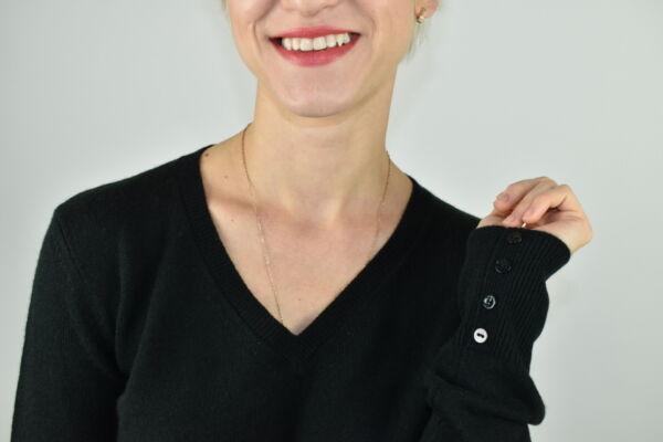HOPEMBA VERDE MAGLIA DONNA 100 CASHMERE COLLO A V MANICA LUNGA 2 1stAmerican maglia 100% puro cashmere Made in Italy da donna collo a V con bottoni in madreperla sulla manica - finezza 12