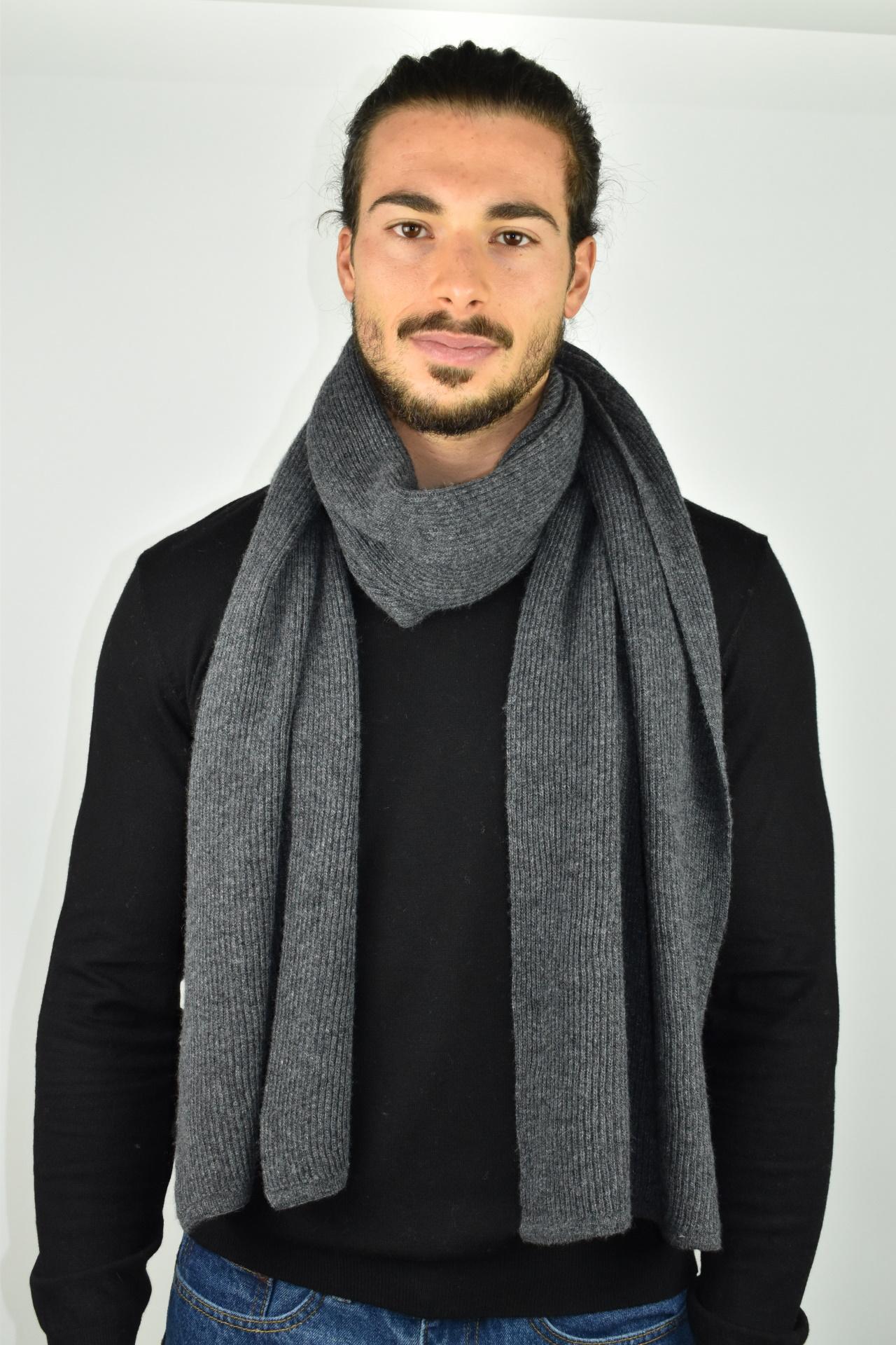 JURIDARIO GRIGIO SCIARPA UOMO 100 PURO CASHMERE COSTE LARGHE 2 1stAmerican sciarpa da uomo 100% puro cashmere Made in Italy a coste larghe - calda sciarpa invernale