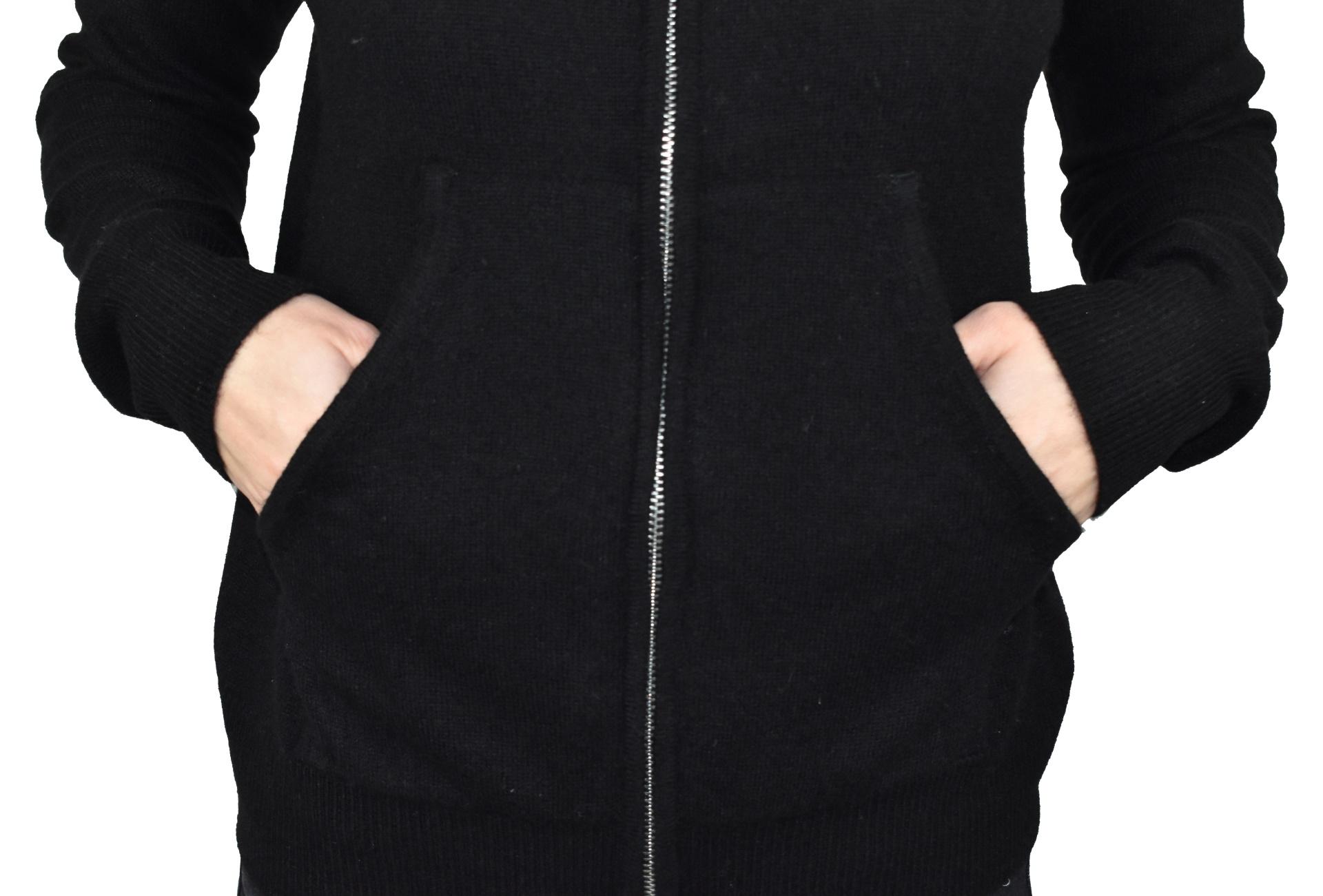 LILIMBA NERO CARDIGAN DONNA CON CAPPUCCIO 100 CASHMERE MANICA LUNGA 4 1stAmerican cardigan con cappuccio 100% puro cashmere Made in Italy da donna con chiusura a zip - finezza 12