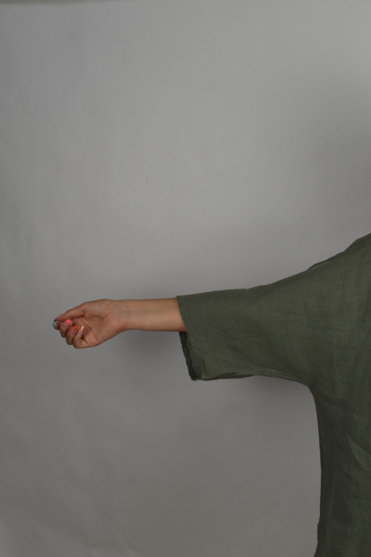 MAGMAXPE2101 ARMY MAGLIA DA DONNA GIROCOLLO CON MANICA A 34 100 LINO 4 1stAmerican maglia da donna girocollo con manica a 3/4 100% lino Made in Italy - t-shirt manica corta da donna mare in lino