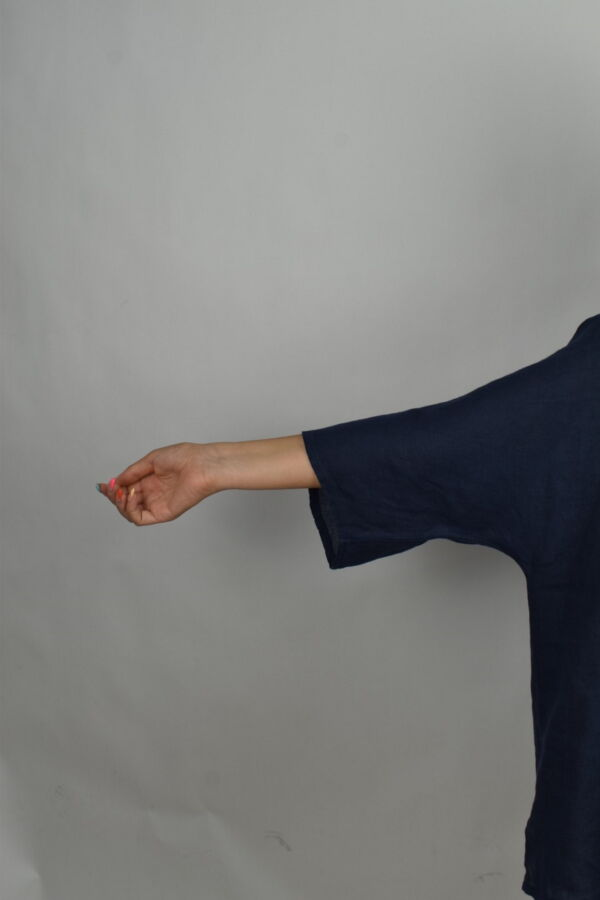 MAGMAXPE2101 BLU MAGLIA DA DONNA GIROCOLLO CON MANICA A 34 100 LINO 4 1stAmerican maglia da donna girocollo con manica a 3/4 100% lino Made in Italy - t-shirt manica corta da donna mare in lino